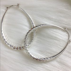 925 White Gold Filled Oval Hoop Earrings.